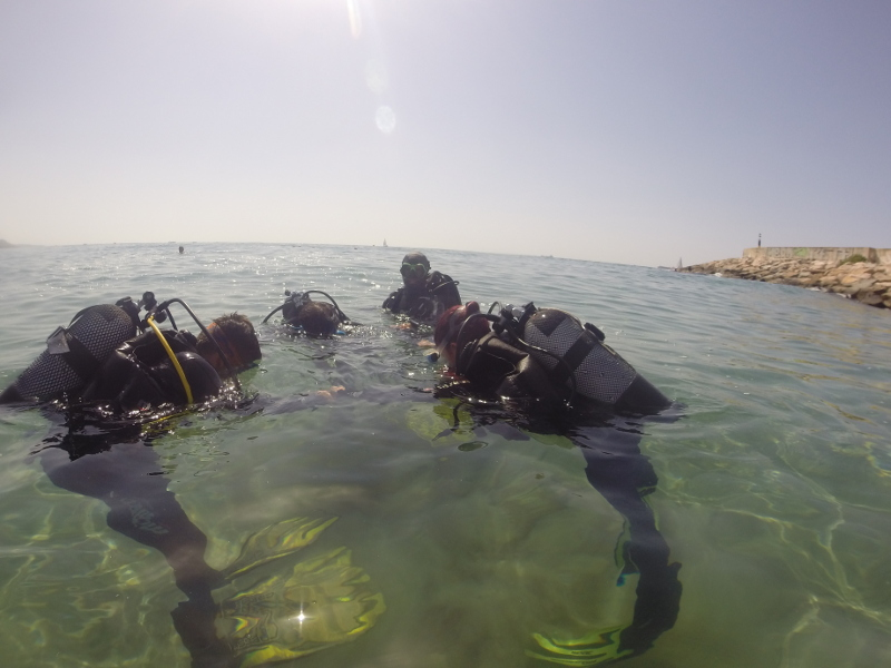 Foto de un bautizo de buceo que hicimos en Tarragona hace poco.